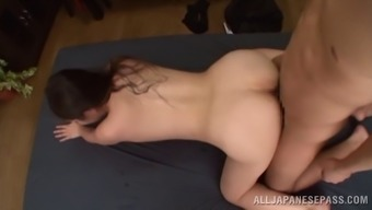 Wonderful Japanese people cougar wailing while you are her pussy is licked in the cooking area