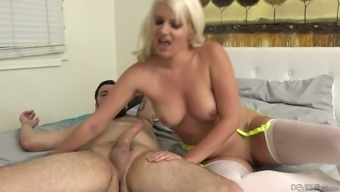 Layla Costs is mean due to the exhilaration of riding her lover's lift on camcorder
