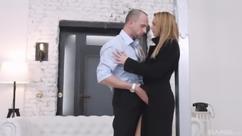 Emily Thorne bends over to produce a generous hunk's great penis