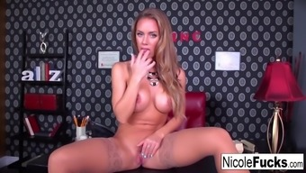 Nicole Aniston teases a person