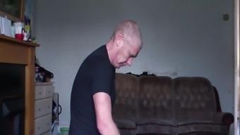 Face fuck -Slut hidden cam
