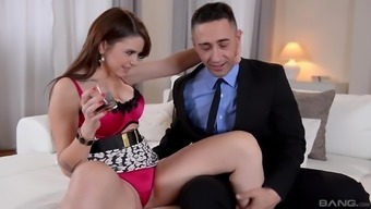 Port Visconti hooked using a huge enthusiast for a intimate sexual encounter