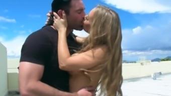 Brazzers - Nicole Aniston likes expulsion penis