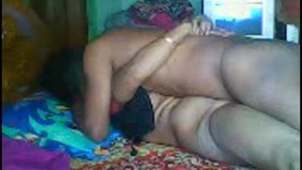 Bangladesi Aunty Fucked By BoyLover