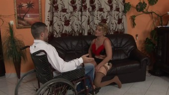 Mature tramp along with one lower limbs gets crushed through a youthful stud