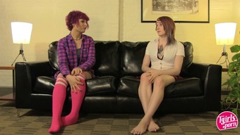 Cunning redhead tranny make a decision to blow her friend's cock