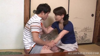Japanese people mama Yuuri Saejima indicates her cock-sucking ability