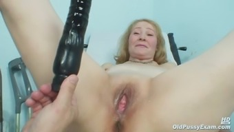 Gyno physician speculum tests incredibly old age pussy Sofie