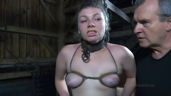 Big loot bondage game nice ass getting spanked in BDSM