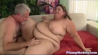 Tittyfucking SSBBW banged for all fours