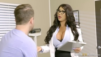 Long-haired health professional by using substantial titties rapidly treats her new patient