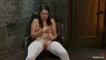 Allie Miasma the dame in stockings gets toyed in slavery vid