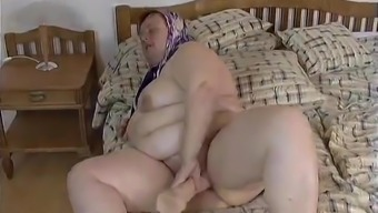 Excess weight Big beautiful woman GRANNY MAID FUCKED HARDLY IN THE ROOM
