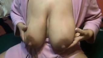 Breast feeding mother huge nipples Vivan from onmilfcom