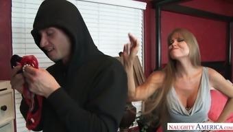 Fucking hot milf Darla Gantry trapped youthful stud sniffing her beading panties