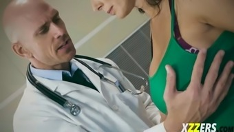 reagan foxx her boyfriend outside medical experts cabin