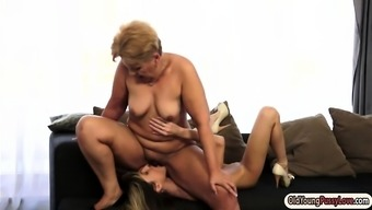 Little Doris Ivy licked using a granny and personality her pussy overly