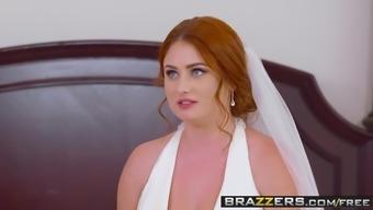 Brazzers - Brazzers Exxtra - Grimy Soon to be bride scene starring Lenn