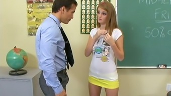 Having used too much framework coed chicken Faye Reagan gets nailed by her prof