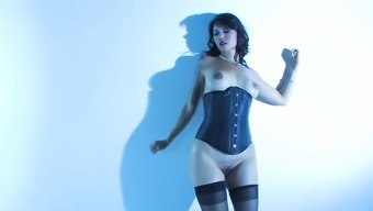 Sexy Milf Dana Vespoli shows off her curvature for us to view
