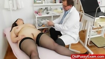 Large-breasted grown ob gyn test