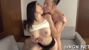 slut mother gets fucked intense