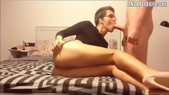 Anus Love-making By using Very short Haired Sexy German born Chick