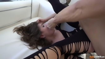 Vulgar This language tramp Julia Roca gives a rimjob and gets her pussy and have to deal with fucked