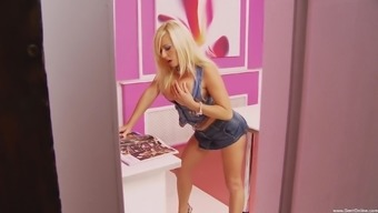 Attractive blonde Brittany Thorne loves a junk a little over anything
