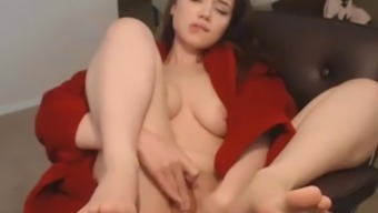 Gorgeous Blonde Opens-up Legs and Satisfaction Pussy