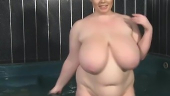 Big Tits British BBW Gina G having fun in hot tub