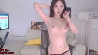 Korean bj neat in sexy black swimsuit