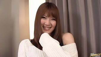 Video of sexy Japanese girl Momoka Nishina riding a stiff toy