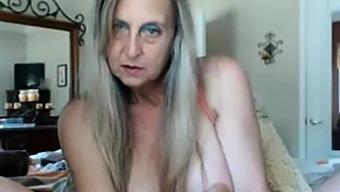 Hot granny with dildo