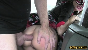 Event woman have sex when using the taxi car driver
