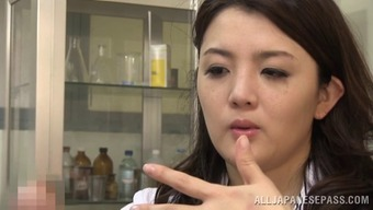 Arousing Japanese people physician swiftly drops deeply in love with the assembled penile organ