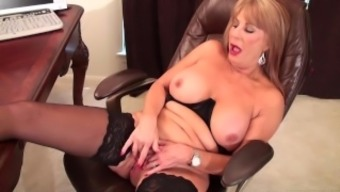 Slutty blonde Rae Hart mature desires posing and twiddling with her whimp vid